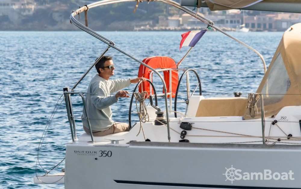 Boat rental Dufour Dufour 350 Grand Large in  on Samboat