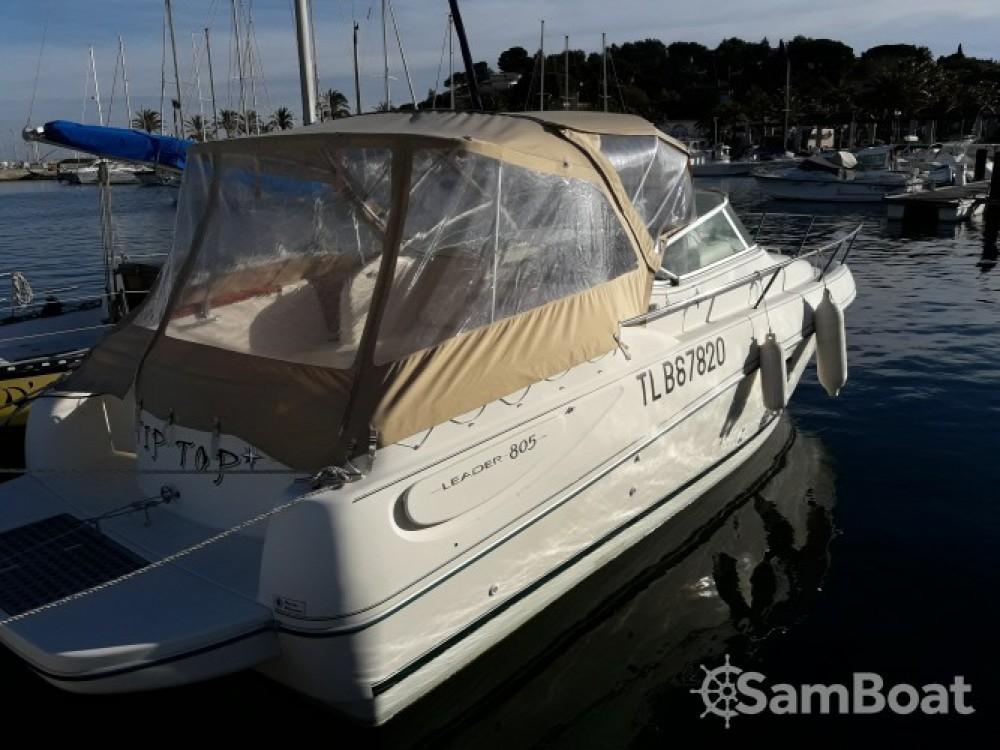 Boat rental Cavalaire-sur-Mer cheap Leader 805