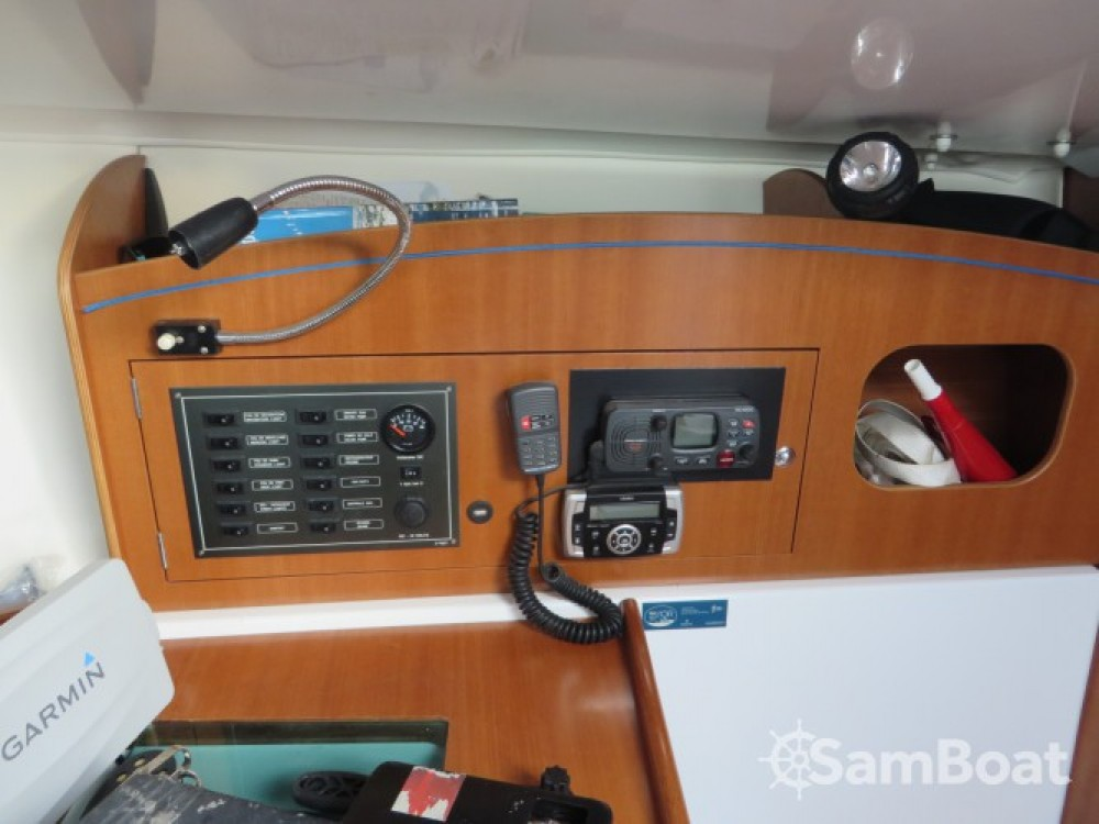 Hire Sailboat with or without skipper Archambault Toulon
