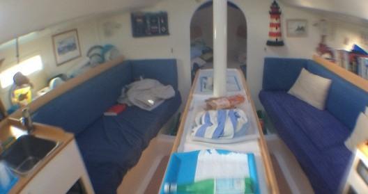 Rental yacht Saint-Mandrier-sur-Mer - Pogo Structures Pogo 10.50 on SamBoat