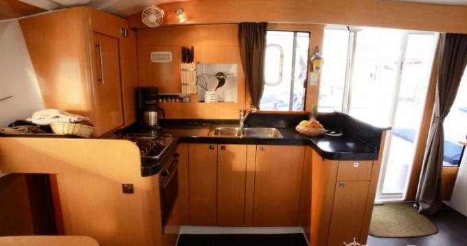 Rental Catamaran in Pointe-à-Pitre - Fountaine Pajot Orana 44