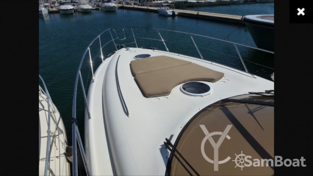Boat rental Princess Princess V50 in Mandelieu-la-Napoule on Samboat