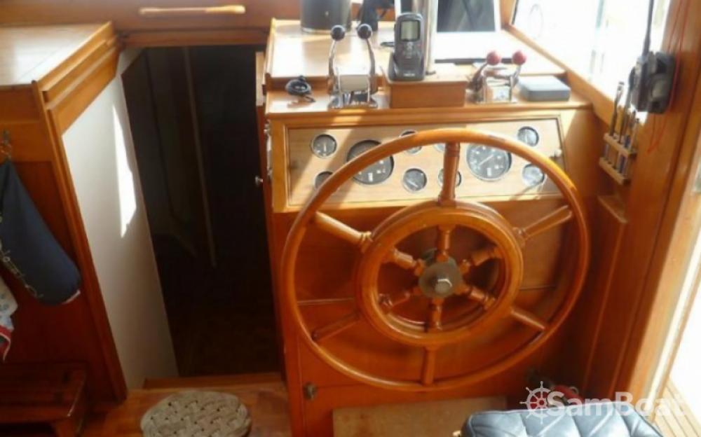 Rental yacht Grimaud - Grand Banks EUROPA 42 on SamBoat
