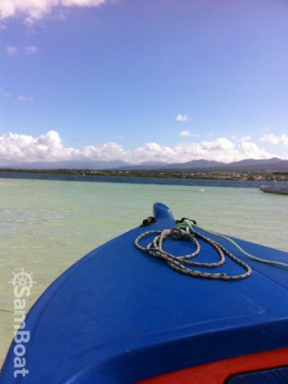 Hire Motorboat with or without skipper Saintoise Baie-Mahault