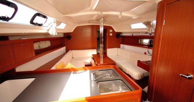 Boat rental Cagliari cheap Oceanis 34