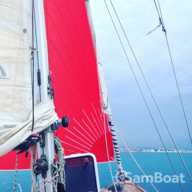Rental Sailboat in Antibes - Eugene-Cornu Classic Sloop 37