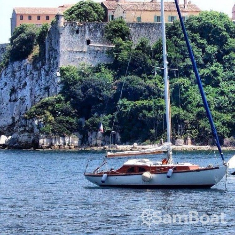 Boat rental Eugene-Cornu Classic Sloop 37 in Antibes on Samboat