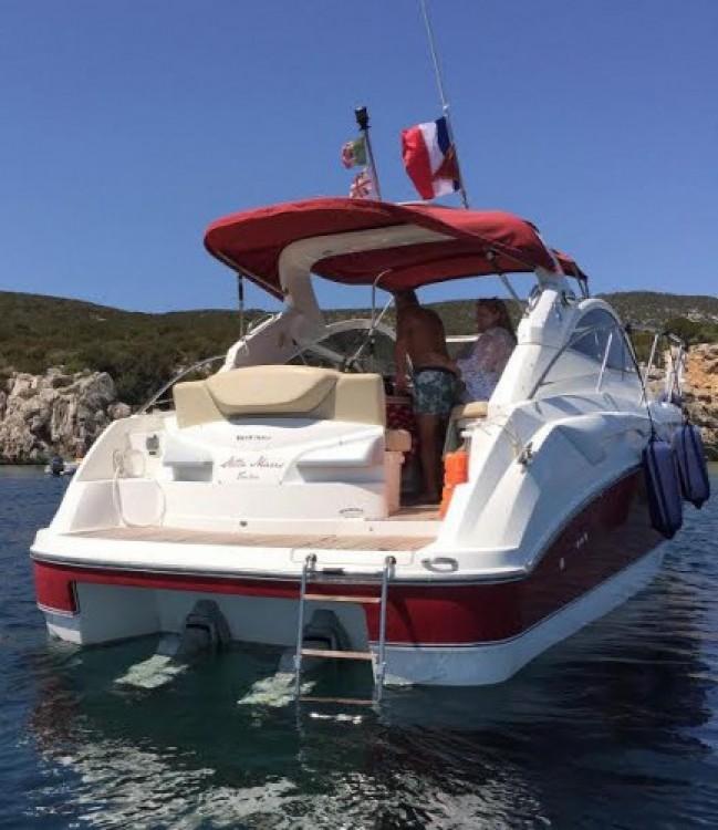 Rental Motor boat in Saint-Martin-de-Ré - Bénéteau Monte Carlo 32