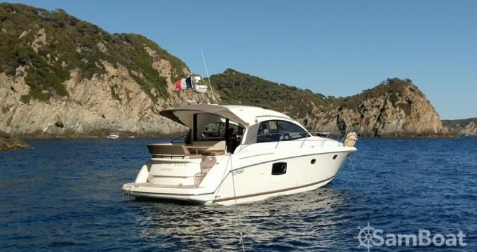 Boat rental Antibes cheap Prestige 390 S