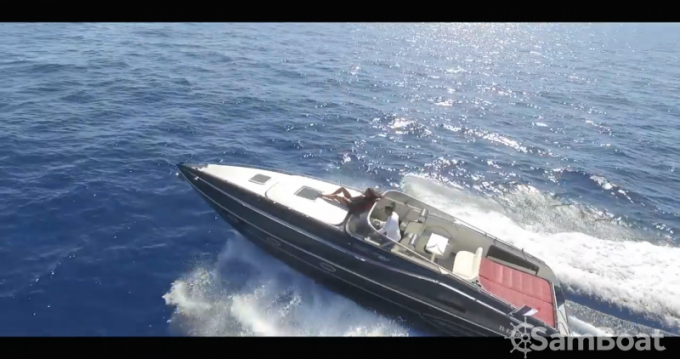 Rental Motorboat Performance with a permit