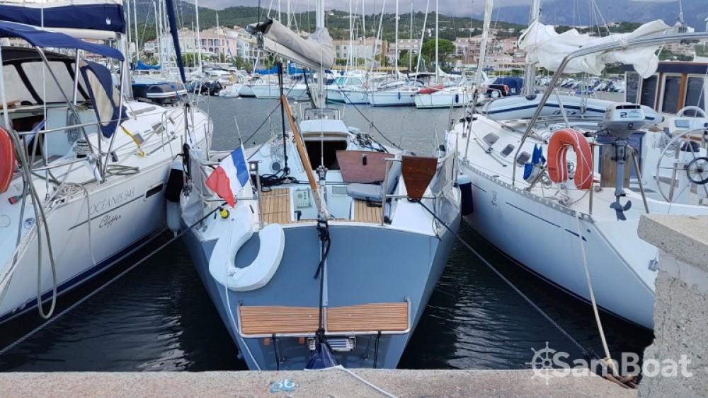 Rental yacht  - Constructions-Nautiques-De-L-Artimon Conati 31 on SamBoat
