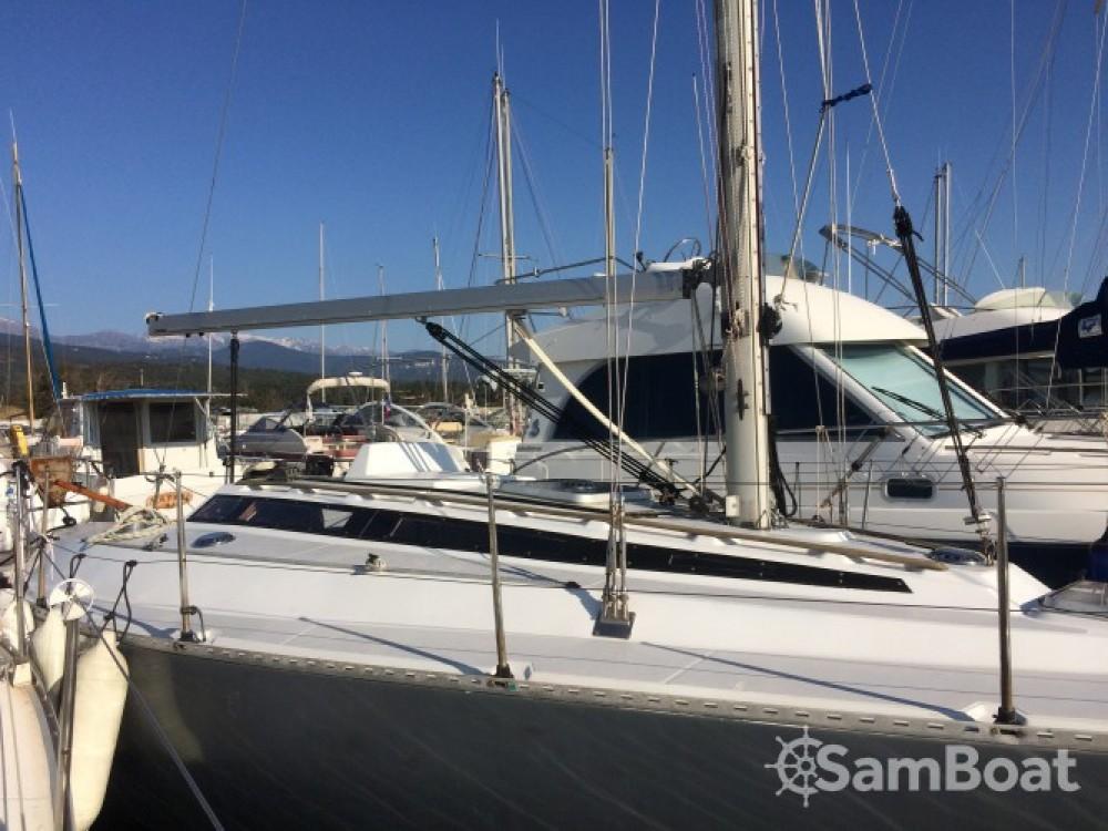 Boat rental  cheap Conati 31