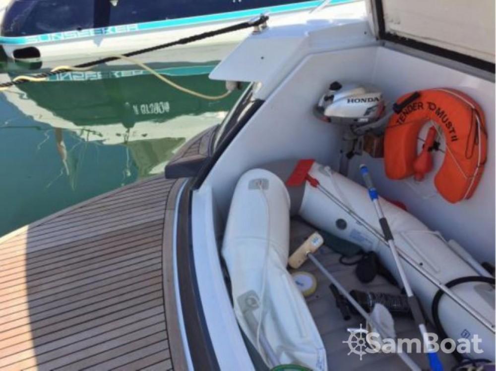 Rental Motorboat in Cannes - Pershing 52
