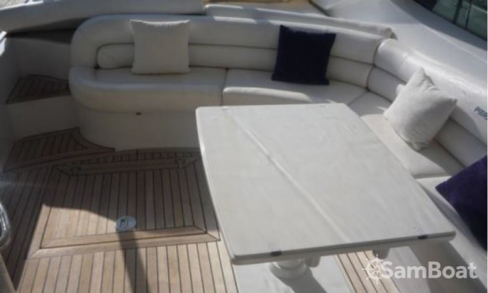 Rent a Pershing 52 Cannes