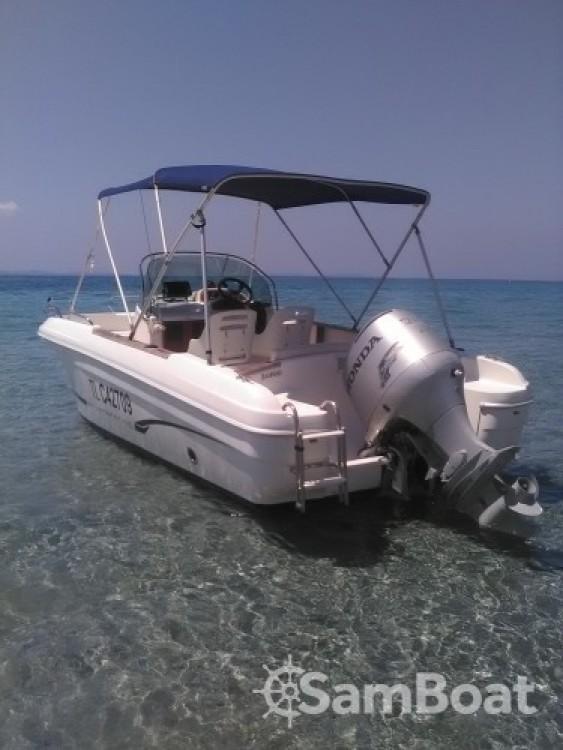 Boat rental Hyères cheap Cap Camarat 625