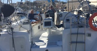 Rental Sailboat in Il-Kalkara - Bénéteau Cyclades 50.5