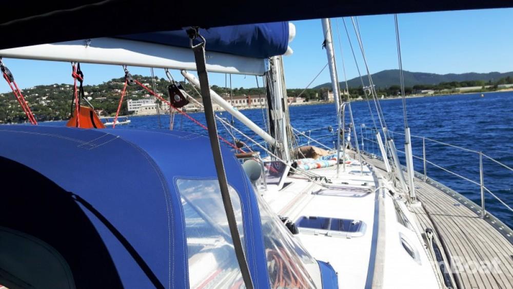 Rent a Jeanneau Sun Odyssey 52.2 Martinique