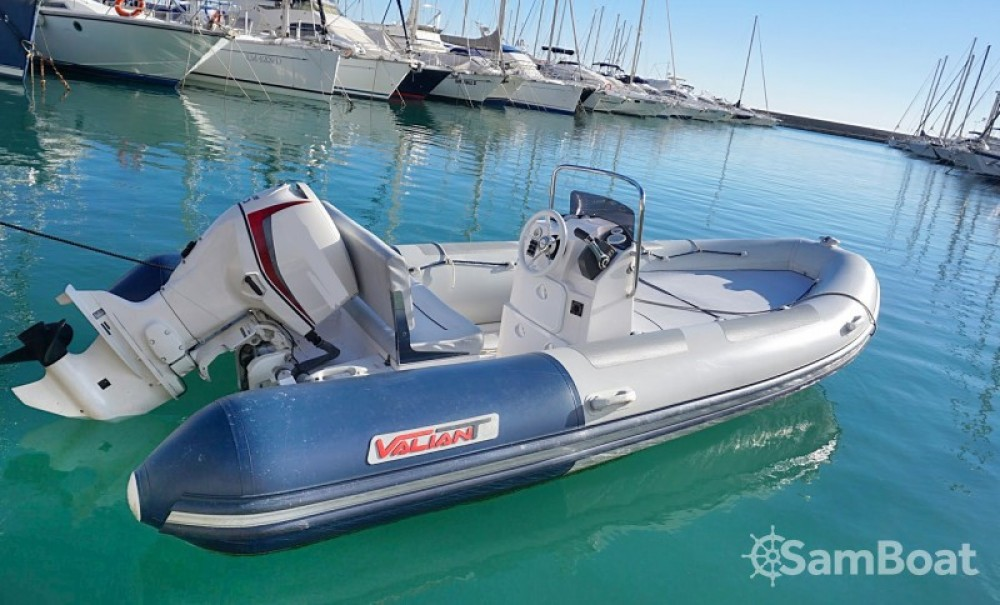 Valiant Valiant 500 Confort between personal and professional Hyères