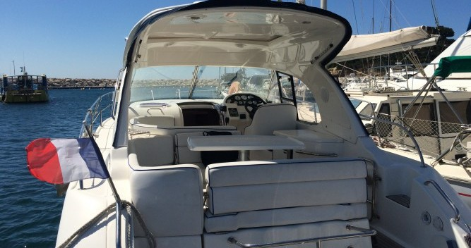 Boat rental La Londe-les-Maures cheap Bavaria 32 Hard Top
