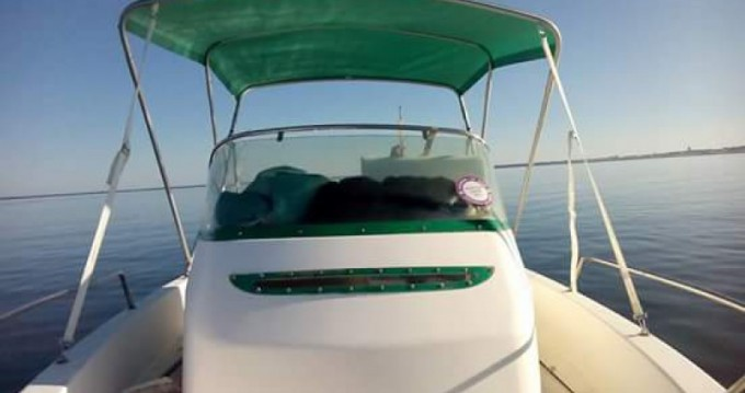 Motorboat for rent Grand Piquey at the best price