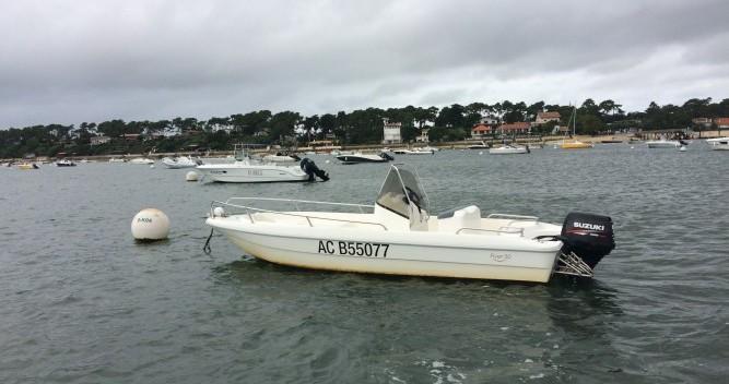 Rental Motorboat Nauti Boy with a permit