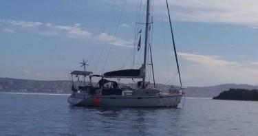 Rental Sailboat in Saint-Malo - Bénéteau Oceanis 430