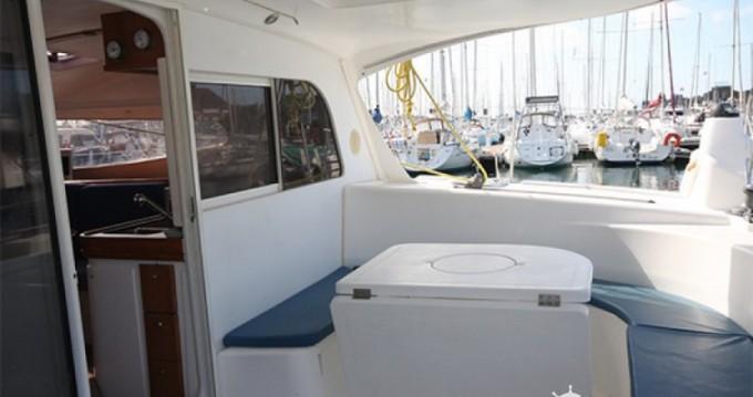 Boat rental Nautitech Nautitech 40 in Figari on Samboat