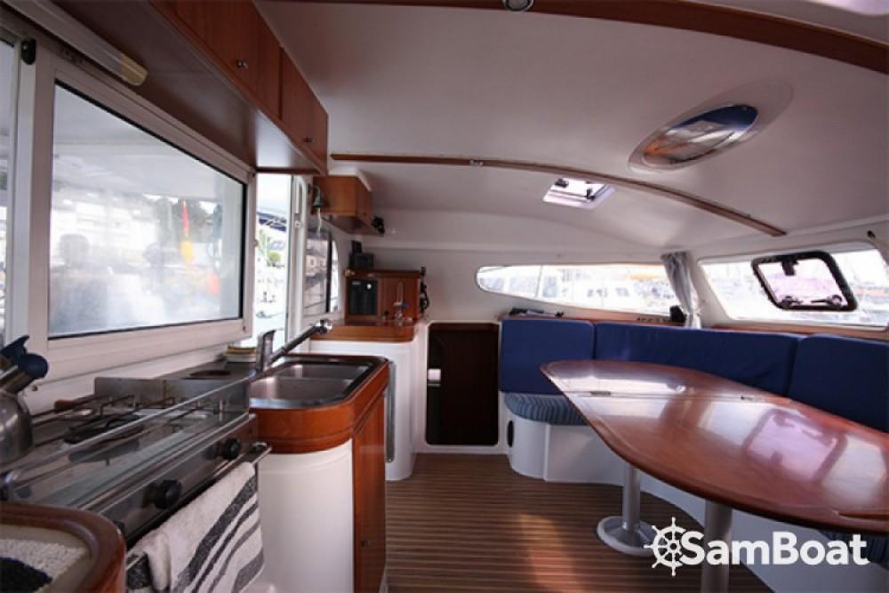 Rental yacht Bonifacio - Nautitech Nautitech 40 on SamBoat