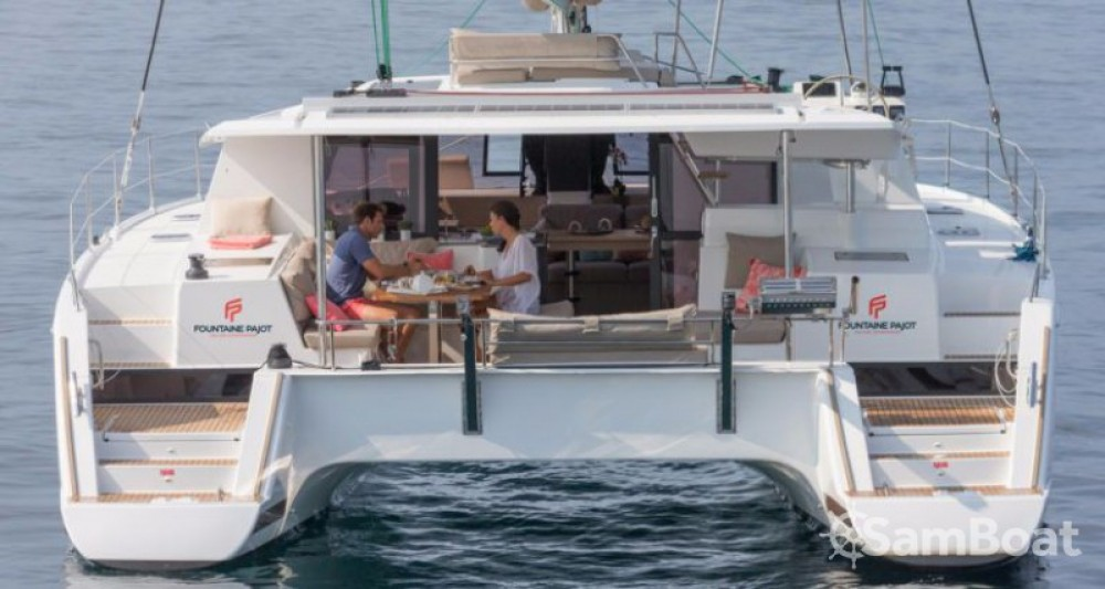 Boat rental Fountaine Pajot Helia 44 in Peloponnese on Samboat
