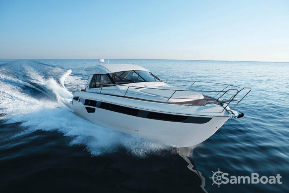 Rental Motor boat in Pula - Bavaria Bavaria S45 HT