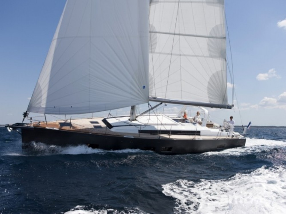 Bénéteau Oceanis 55 between personal and professional Seget Donji