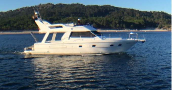 Rental Motorboat in Vigo - Gallart Gallart 12