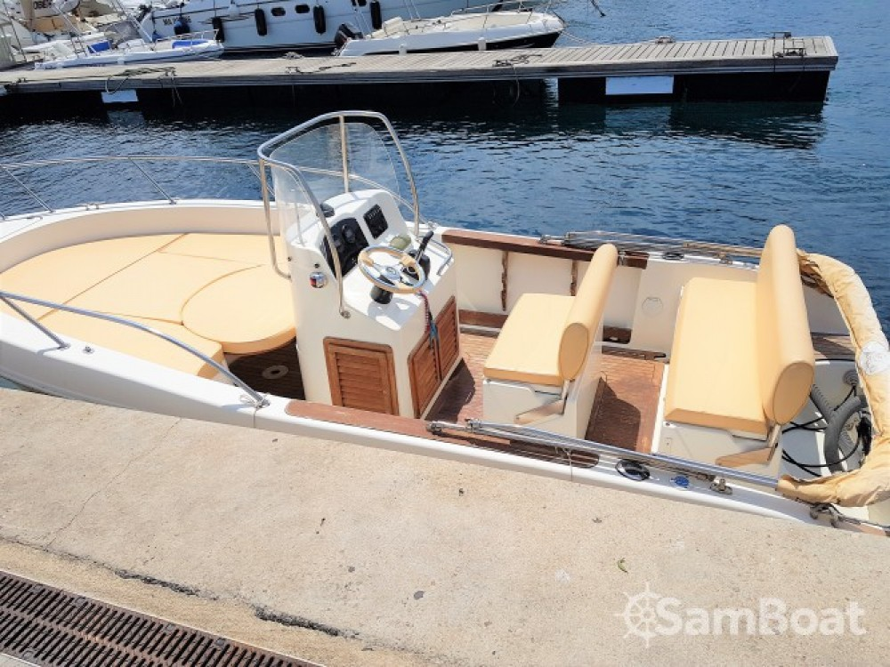 Boat rental Marseille cheap Cap 20