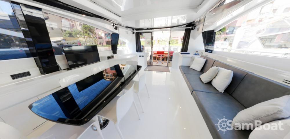 Rental Yacht Jaguar with a permit