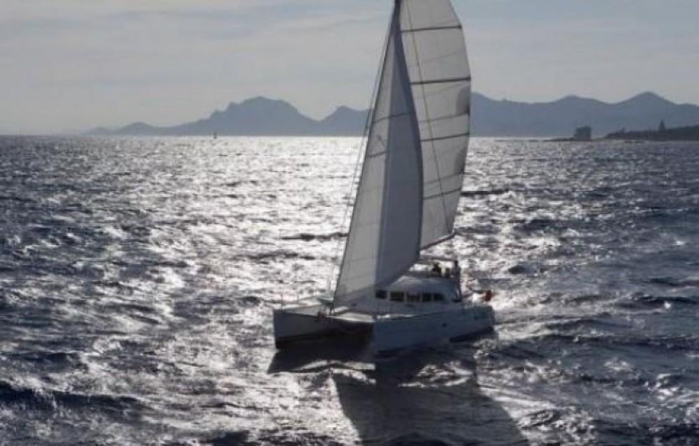 Rent a Lagoon Lagoon 380 S2 Ibiza