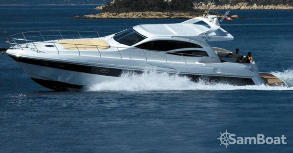 Boat rental Innovazione e Progetti Alena 48 Hard Top in Saint-Tropez on Samboat