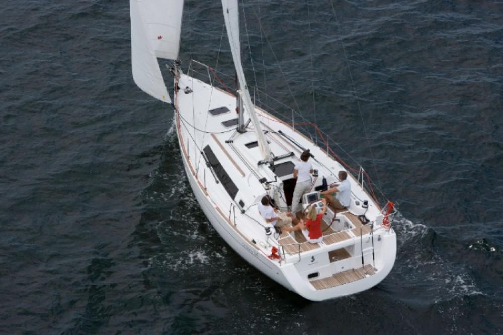 Rental Sailboat in Croatia - Bénéteau Oceanis 34