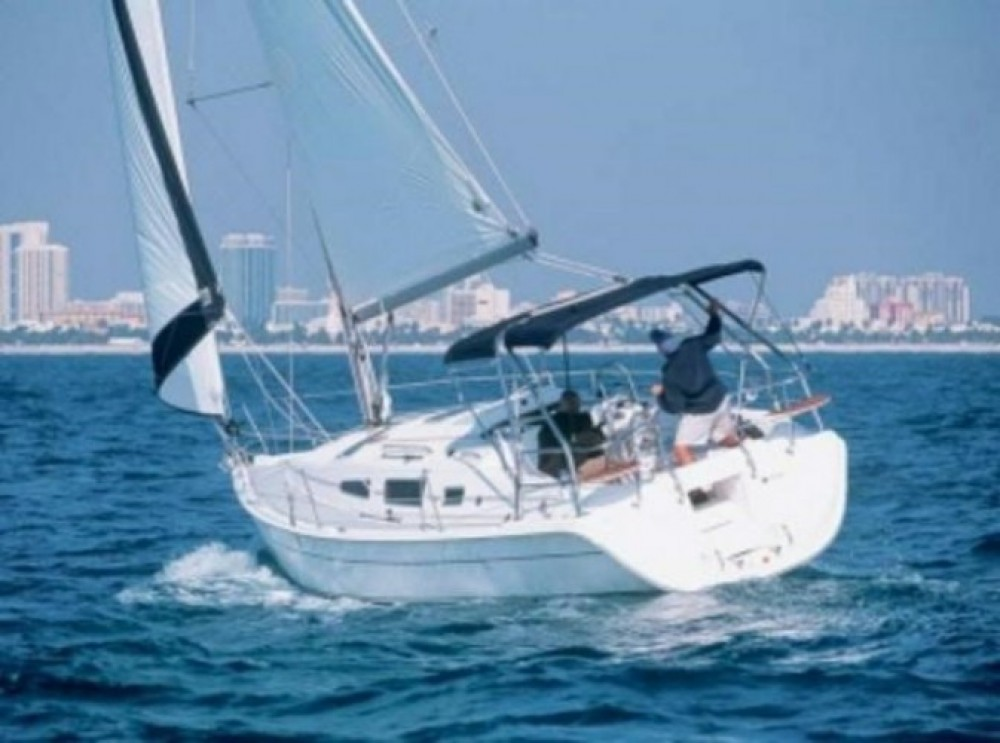 Rental Sailboat Hunter with a permit