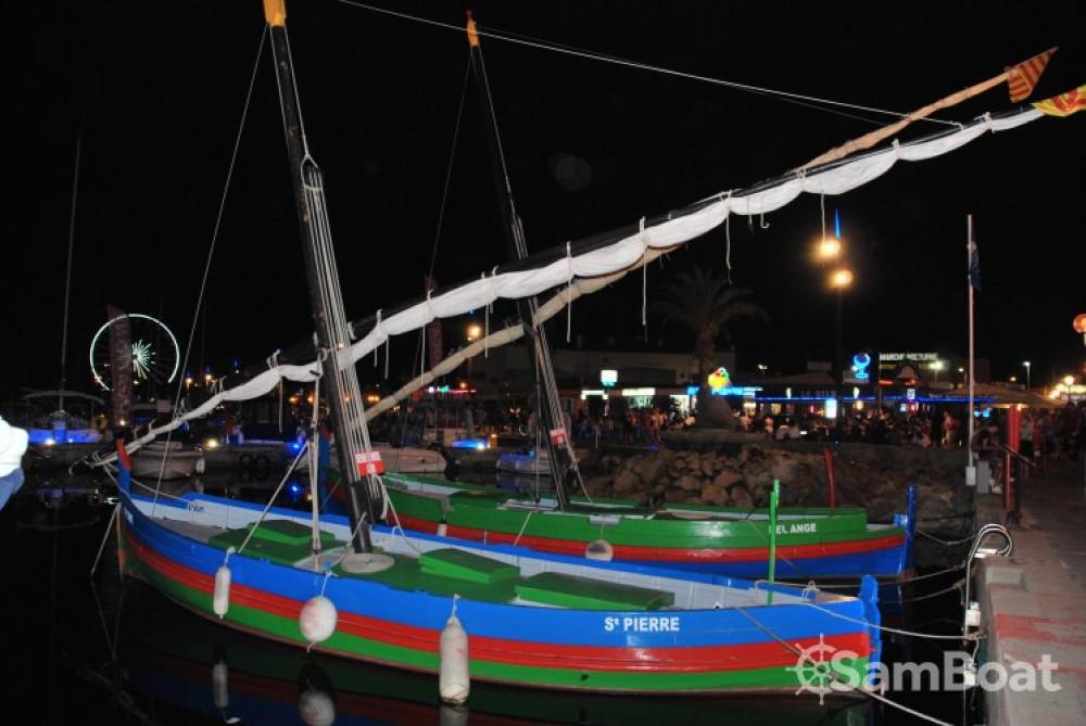Rental yacht Saint-Cyprien - Capelli Tempest 770 on SamBoat