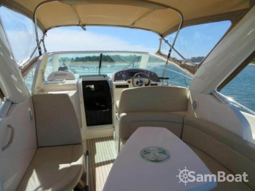 Rental Motorboat in  - Jeanneau Prestige 30 S