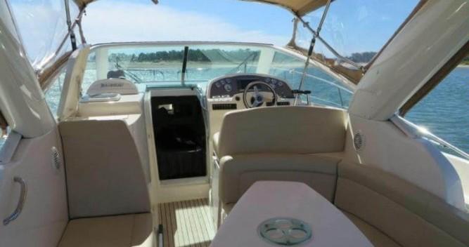 Rental yacht La Rochelle - Jeanneau Prestige 30 S on SamBoat