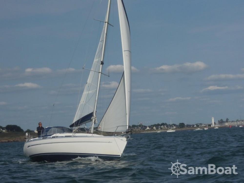 Rental yacht La Trinité-sur-Mer - Bavaria Bavaria 32 on SamBoat