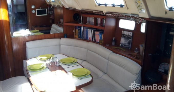Rental Sailboat in Arcachon - Bénéteau Oceanis 440