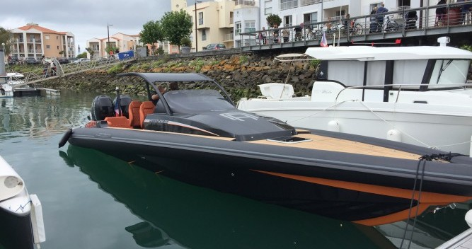 Rental yacht Port Olona - Technohull Attitude 35 on SamBoat
