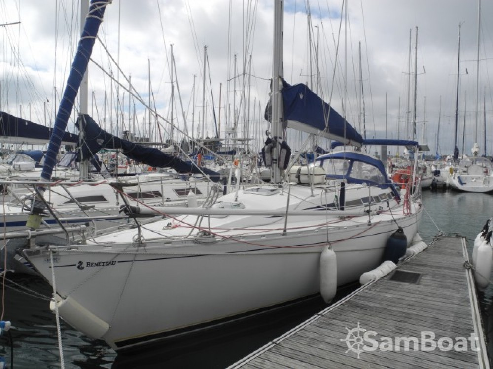 Sailboat for rent Saint-Quay-Portrieux at the best price