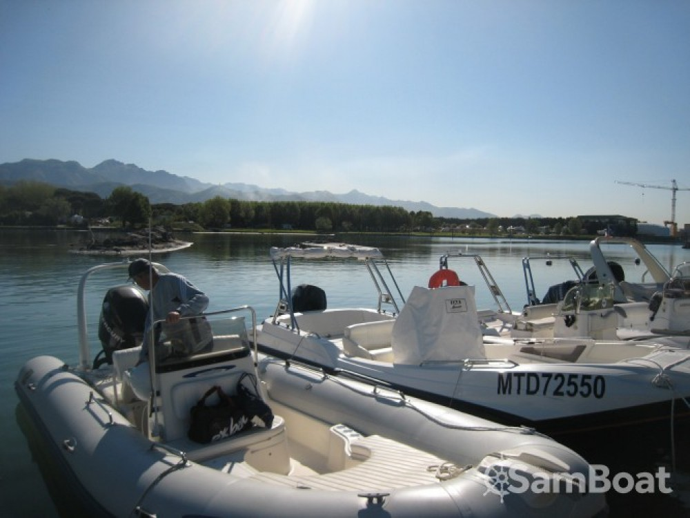 Boat rental La Grande-Motte cheap Medline II