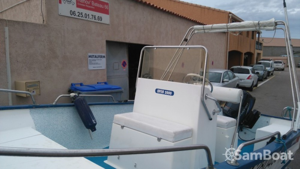 Rental Motorboat Pro-2000 with a permit