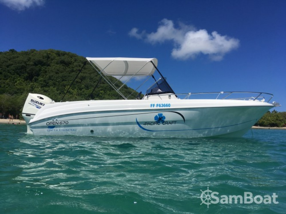 Motorboat for rent Martinique at the best price
