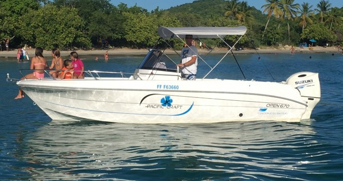 Rent a Pacific Craft Pacific Craft 670 Open Le Marin