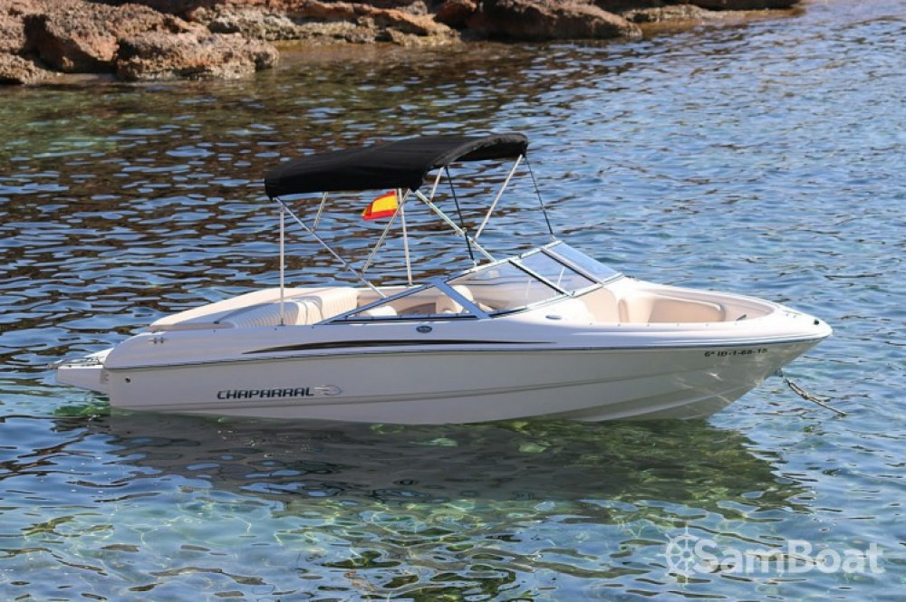 Boat rental Chaparral 6 mts in San Jose on Samboat
